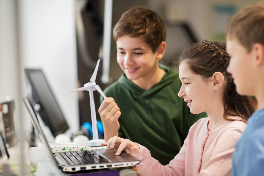"""3000 разработок школьников-исследователей получат продвижение во время проекта """" 30 лет программе """" Ша"""