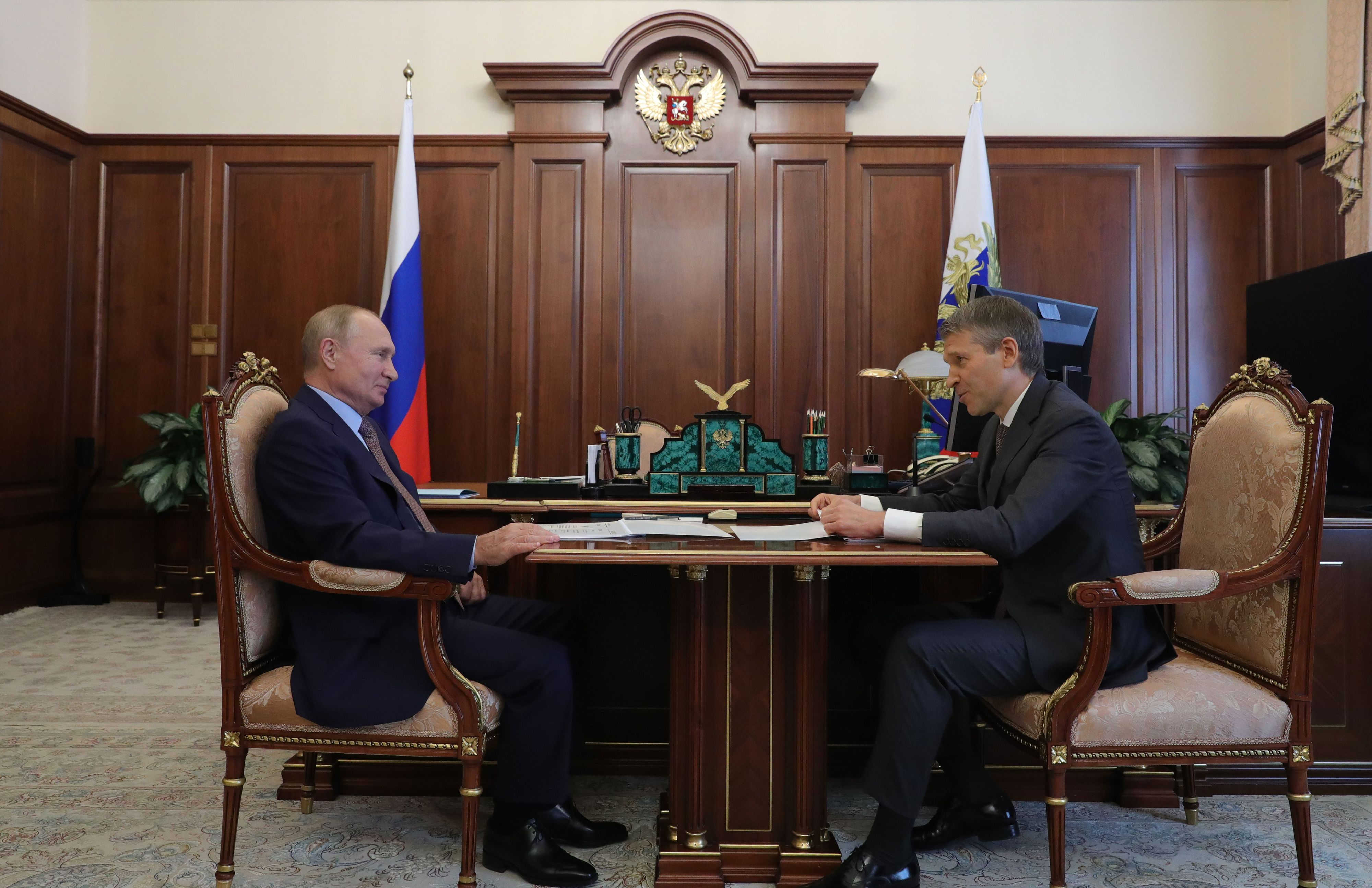 На фото: Борис Павлович Листов на встрече с президентом России Владимиром Владимировичем Путиным