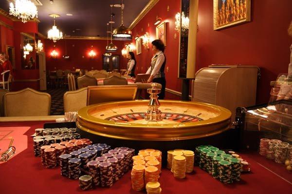 губернатор покера на русском языке играть онлайн бесплатно полная версия