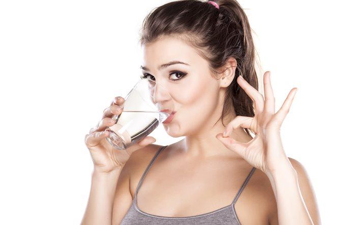 5 вещей, которые вы должны знать о простой воде